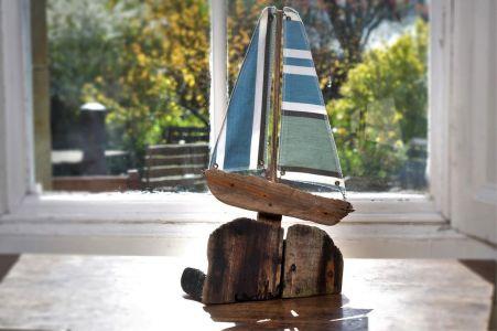 Driftwood Boat M10