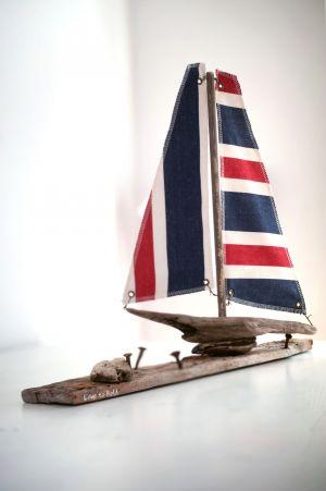 Driftwood Boat M7