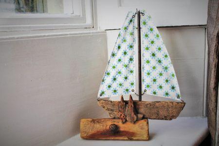 Driftwood Boat R1
