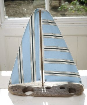 Driftwood Boat R18