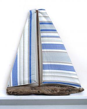 Driftwood Boat R19
