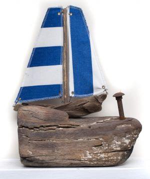 Driftwood Boat M33