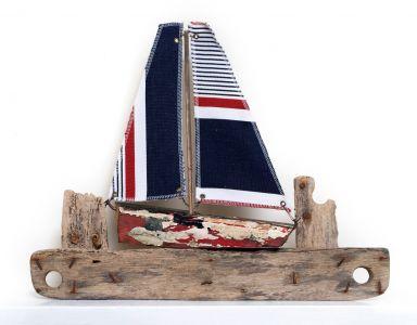 Driftwood Boat M66