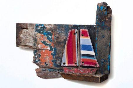 Driftwood Boat P8
